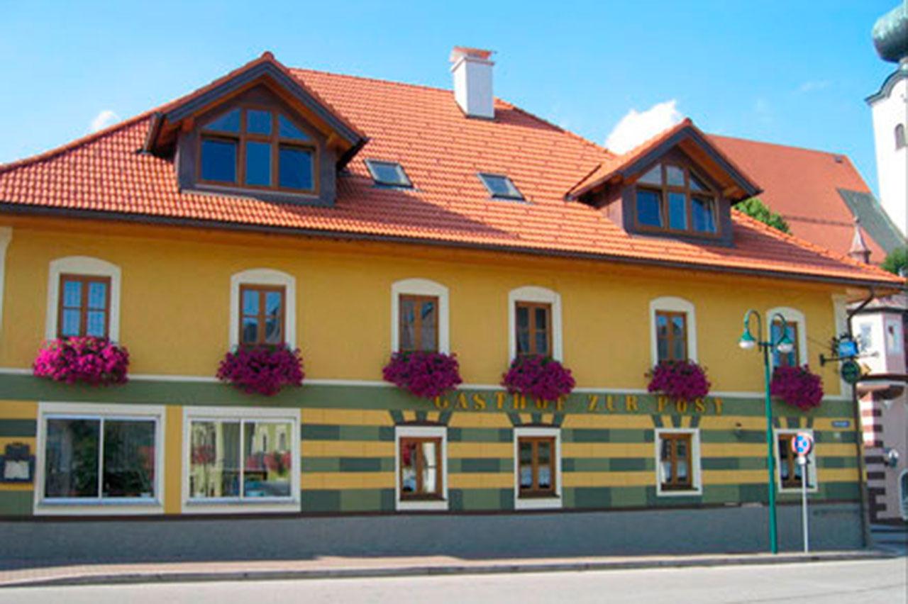 """Gasthof """"Zur Post"""" in Schörfling"""